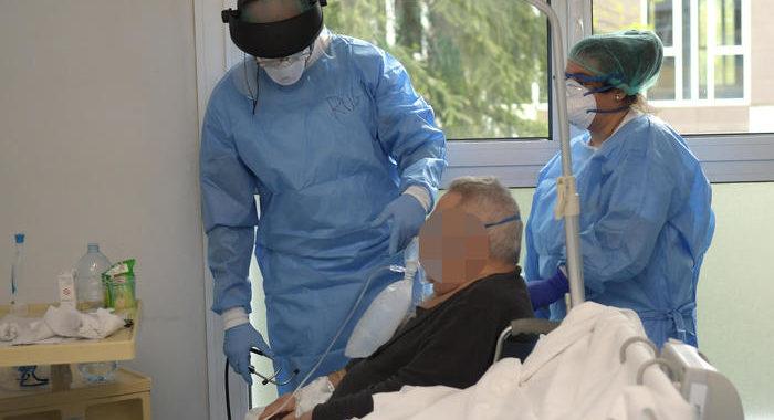 Coronavirus: 175 nuovi casi, +8 morti