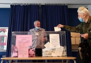 Exit poll Serbia, nettamente in testa partito del presidente Vucic