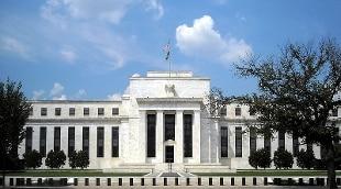 Fed: tassi fermi fino a tutto 2022, Pil 2020 – 6,5%