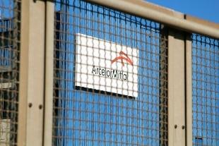 Il piano di A.Mittal: 3.300 esuberi e rinvio su Afo5