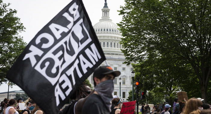 Minneapolis: manifestazioni negli Usa