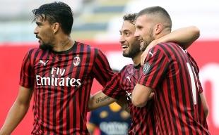Rebic-Calhanoglu: un bel Milan stende 2-0 la Roma a San Siro