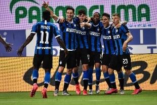 Serie A. L'Inter ribalta il Parma sul traguardo, 1-2 firmato De Vrij e Bastoni