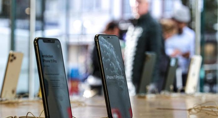 Apple: nuovi iPhone in ritardo, non arriveranno a settembre