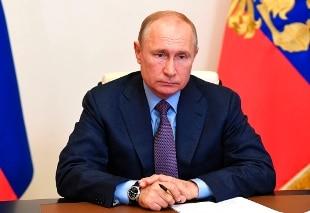 Russia, sì alla Costituzione di zar Vladimir