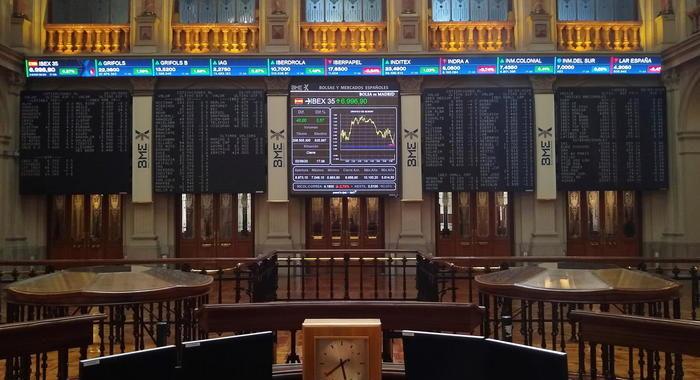 Borsa: Europa chiude in rosso