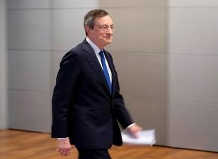 """Coronavirus, Draghi: """"I governi hanno dato la risposta giusta per ammorbidire l'impatto"""""""