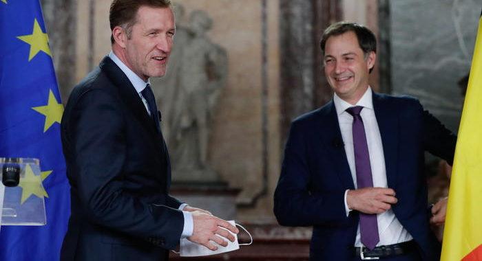 Dopo 16 mesi Belgio trova l'accordo, De Croo premier
