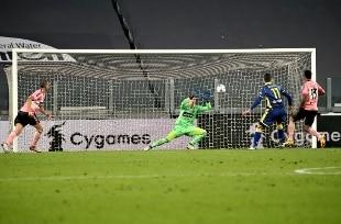 Altro pari per la Juventus, con l'Hellas Verona finisce 1-1