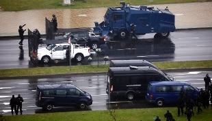 """Bielorussia, il governo autorizza l'uso di """"armi letali"""" contro i manifestanti"""