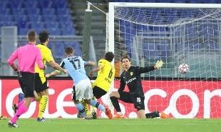 Champions, è super Lazio: netto 3-1 al Borussia Dortmund
