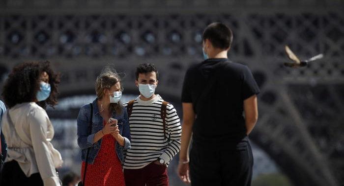 Coronavirus: Parigi da domani in 'massima allerta'