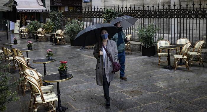 Coronavirus: Parigi, ristoranti aperti con condizioni