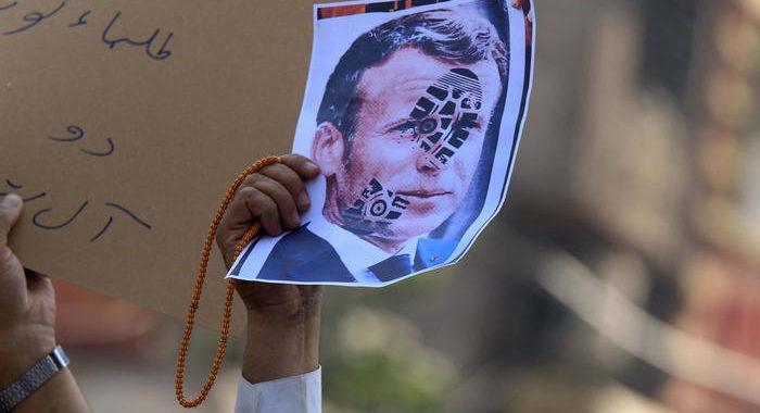 Macron, 'Io travisato da alcuni leader'