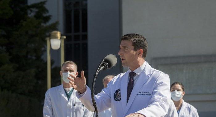 Medici, Trump potrebbe uscire lunedì dall'ospedale