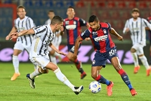 Morata risponde a Simy, Juventus fermata a Crotone