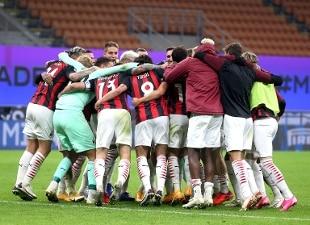 Serie A. Ibrahimovic mattatore, il derby è rossonero. Inter ko 2-1. La Lazio crolla in casa Samp