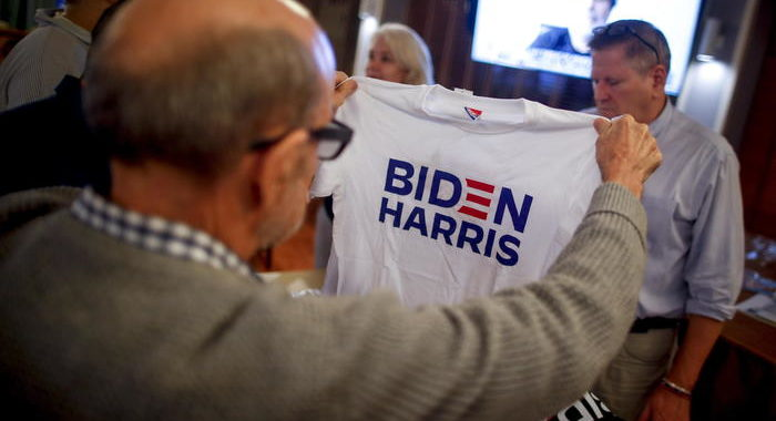 Usa 2020: Biden avanti 12 punti, 54% contro il 42 di Trump