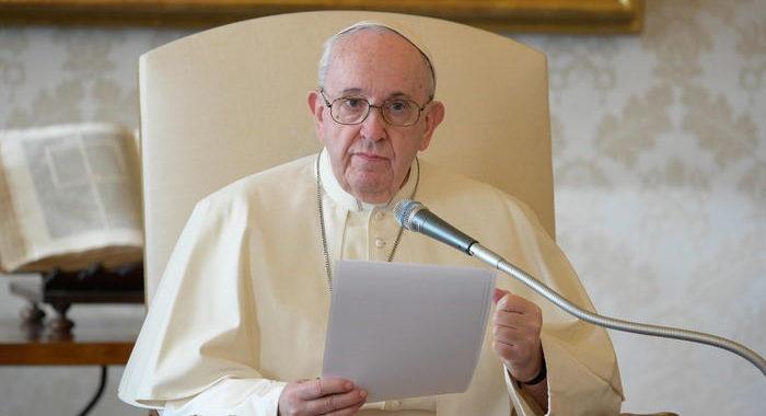 Biden, mi ha chiamato il Papa per congratularsi