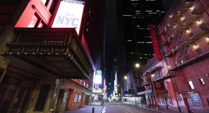Broadway chiuso per covid, il musical va a Hollywood