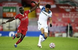 Champions. Atalanta splendente ad Anfield, 2-0 al Liverpool. L'Inter crolla, il Real passa 0-2