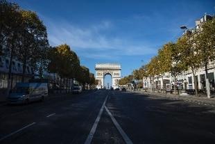 Covid, in Francia 40.000 casi da ieri e quasi 400 morti