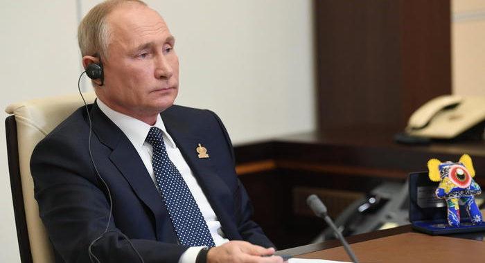 Covid: Putin, crisi così non c'era dalla Grande Depressione