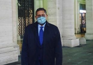 """Covid, Toti: """"Se tendenza cala, chiusura primi reparti dedicati"""""""
