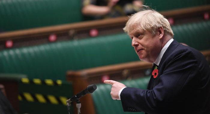 Gb: Johnson lancia mega programma di spese militari