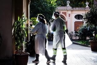 In Italia 26.323 nuovi casi, 686 morti e 225.940 tamponi da ieri