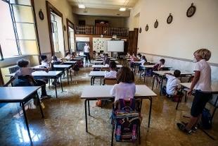Scuola, Emiliano firma ordinanza: in Puglia riaprono elementari e medie