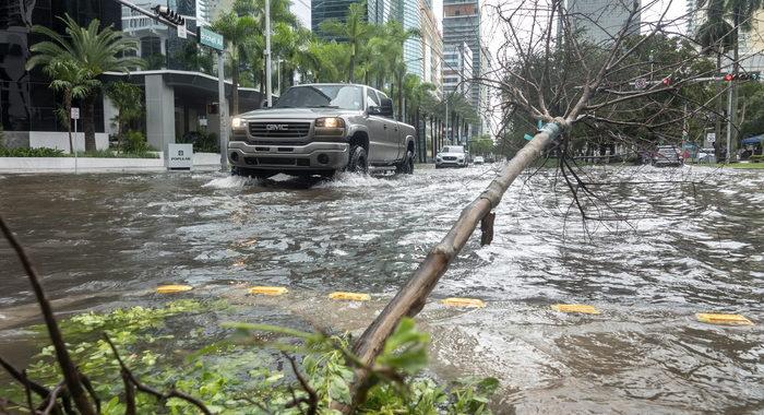 Usa: inondazioni in sud Florida per tempesta tropicale Eta