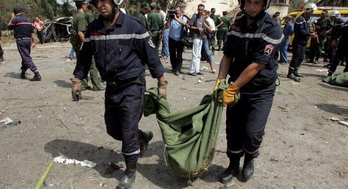 Algeria: 5 civili uccisi in esplosione ordigno