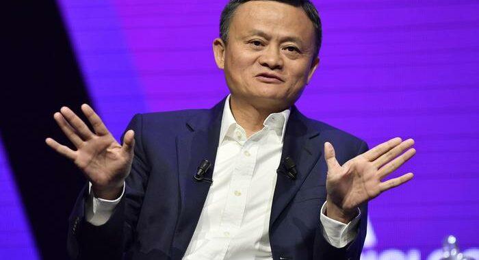Alibaba: chiude a +8,5% in Borsa con ricomparsa di Jack Ma