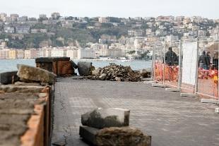 Maltempo, Comune di Napoli chiude parchi e cimiteri cittadini