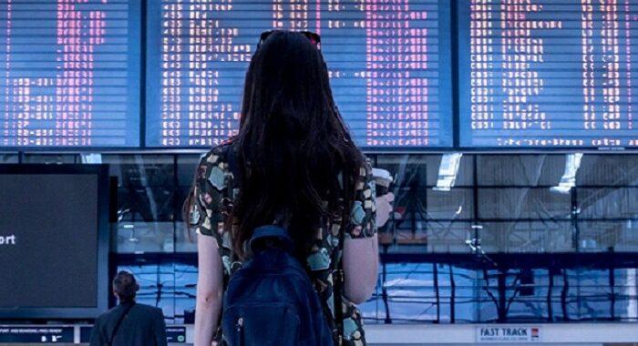 """Ministro Speranza: """"Ho firmato una nuova ordinanza che blocca i voli in partenza dal Brasile e vieta l'ingresso in Italia di chi negli ultimi 14 giorni vi è transitato"""""""