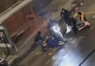 Napoli, rider picchiato per rubargli motorino