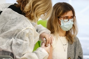 Oltre 150mila vaccinati in Italia. Lazio in testa, Lombardia in coda