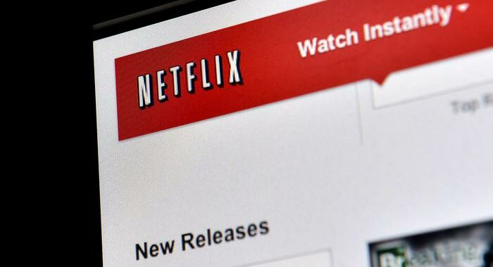 Pandemia spinge Netflix, ha 203 milioni abbonati
