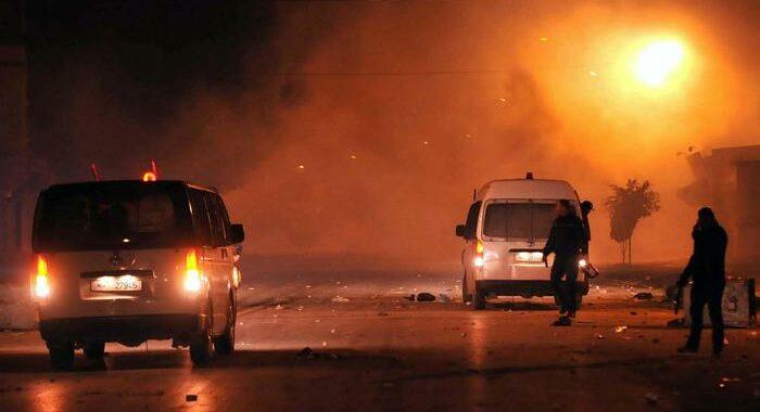 Tunisia: scontri in molte località del paese