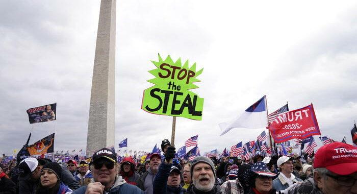 Washington proclama il coprifuoco per le proteste