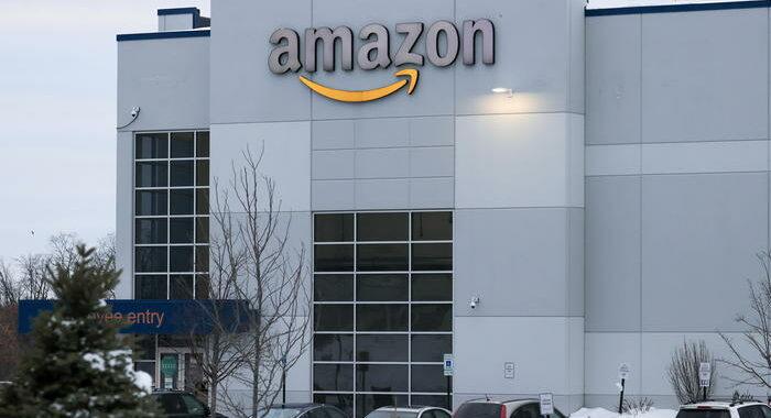 Amazon denuncia il procuratore di Ny su sicurezza lavoro