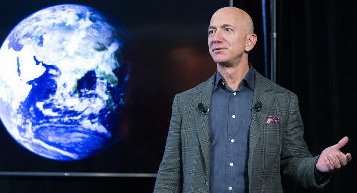 Amazon: passo indietro Bezos, Andy Sassy nuovo a.d.