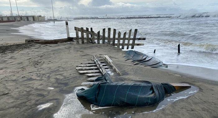 Maltempo:domani allerta per venti e mareggiate in 11 regioni