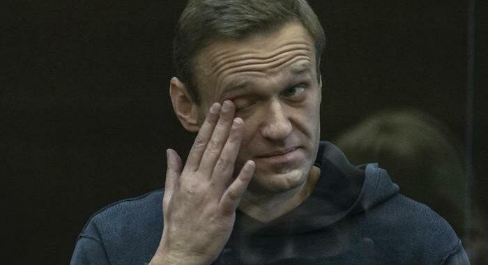 Ridotta pena a Navalny a 2 anni e 5 mesi