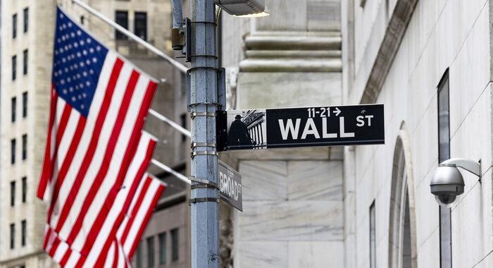 Borsa: tonfo Wall Street, Dj -2,04%, Nasdaq -3,06%