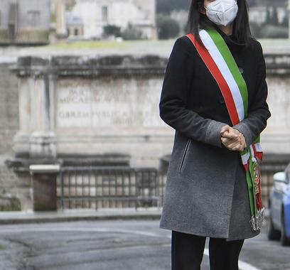 Alitalia: Raggi,non va svenduta,non lasciamo soli lavoratori