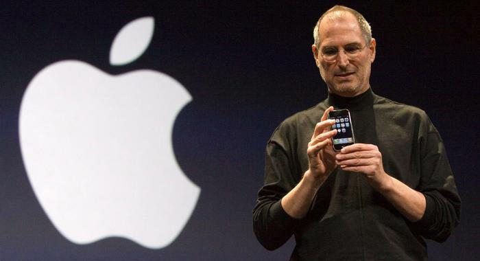 Apple compie 45 anni, per Jobs computer 'bicicletta mente'