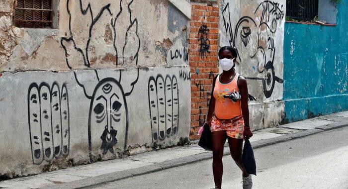 Covid: 1.207 casi in 24 ore a Cuba, mai così tanti