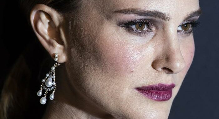 Natalie Portman nei Giorni dell'abbandono di Elena Ferrante